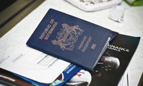 yb-bw-passport