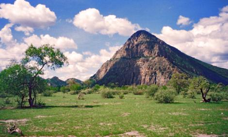 yb-tsodilo-hills1