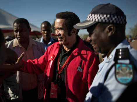 yb-ian-khama-police