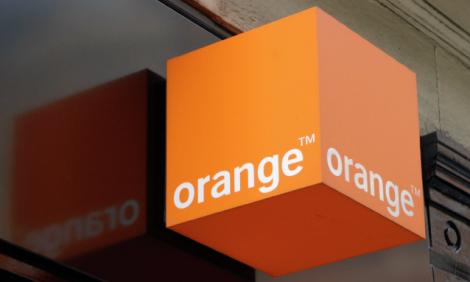 yb-orange-botswana