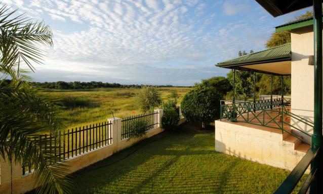 maun-lodge-riverview